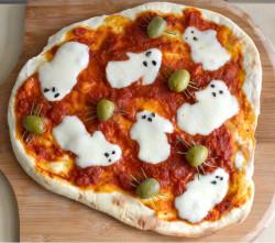 halloween hapjes: pizza